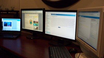 широкоформатные дисплеи способствуют повышению производительности труда